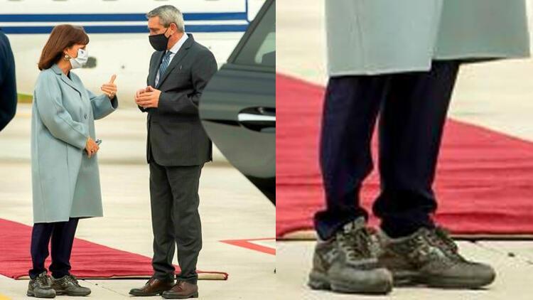 Rodos'u ziyaret eden Yunanistan Cumhurbaşkanı'na ayakkabı tepkisi