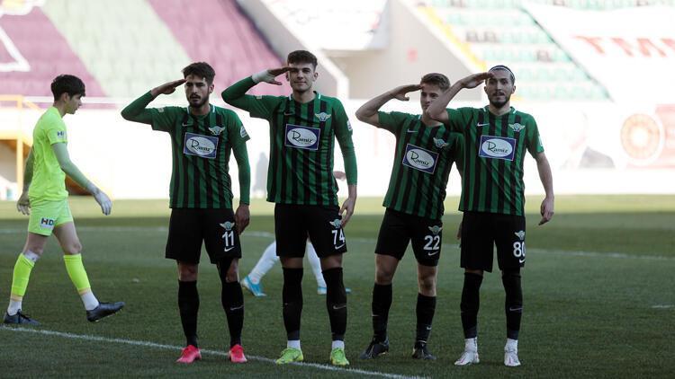 Akhisarspor: 3 - Eskişehirspor: 0