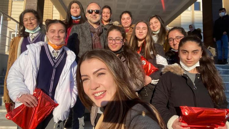 Ardahan'da geleceğin kadınları ile buluştular