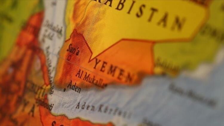 Yemende hayat pahalılığını protesto eden göstericiler hükümet sarayına girdi