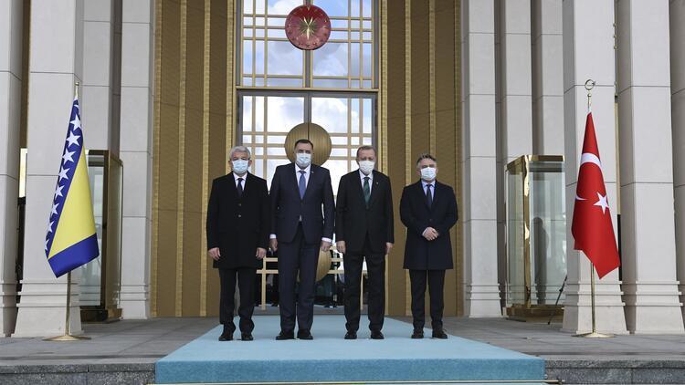 Cumhurbaşkanı Erdoğan, Bosna Hersek Devlet Başkanlığı Konseyi Başkanı Dodik'i resmi törenle karşıladı