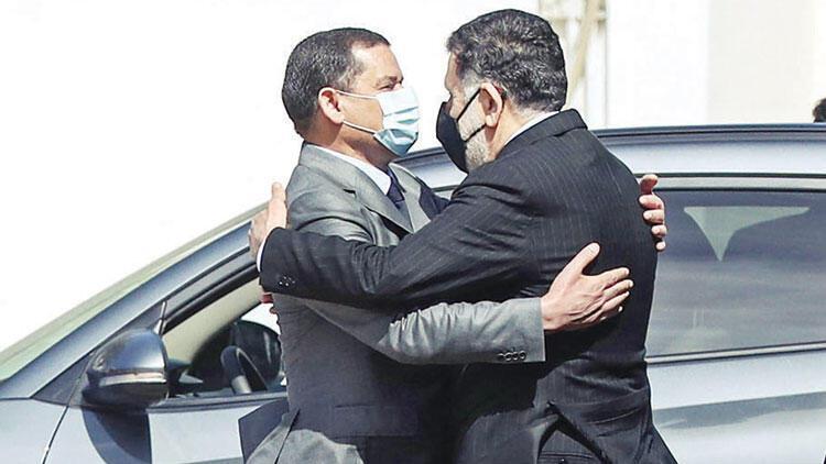 Libya'da Serrac koltuğunu devretti