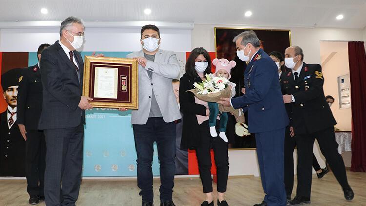 Eskişehir'de 6 gaziye 'Devlet Övünç Madalyası' verildi