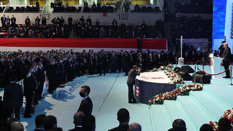 MHPnin Merkez Yönetim Kurulunda 36, Merkez Disiplin Kurulunda ise 4 isim değişti