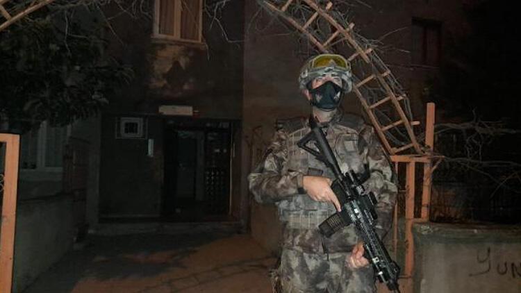 Son dakika... İstanbul'da 3 ilçede silahlı suç örgütüne operasyon! Çok sayıda şüpheli gözaltında