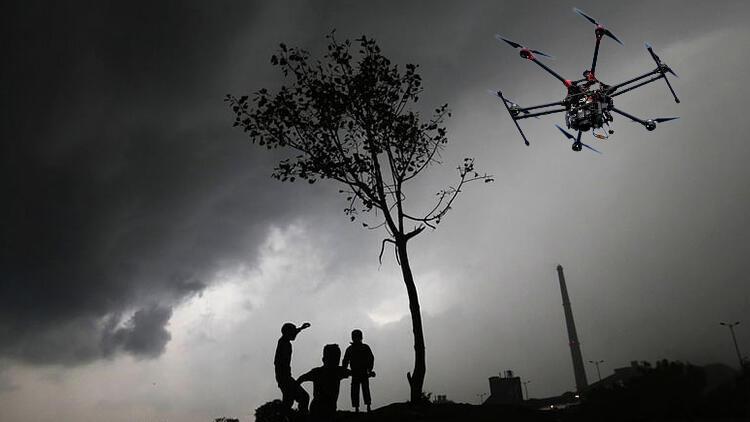 Hayal gerçek oluyor: Drone ile yağmur yağdıracaklar