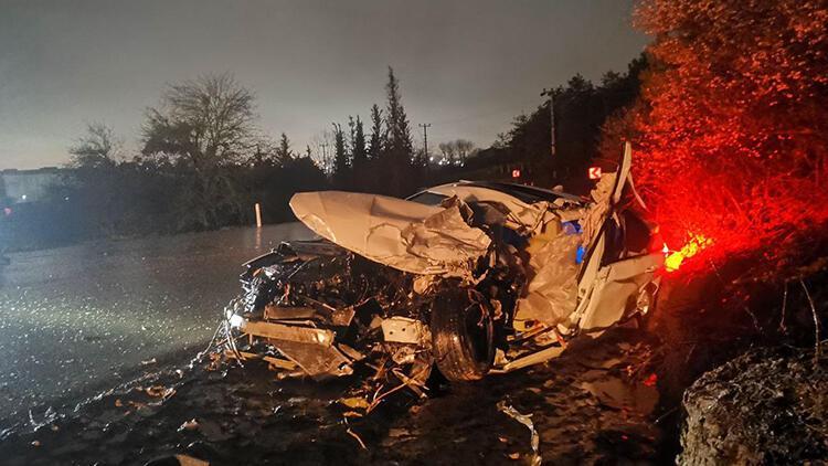 TIR'la çarpışan otomobilin sürücüsü yaşamını yitirdi