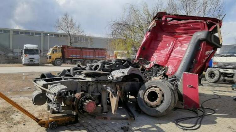 Bursa'da 4 kişinin ölümüne neden olan TIR'ı bilirkişi inceledi