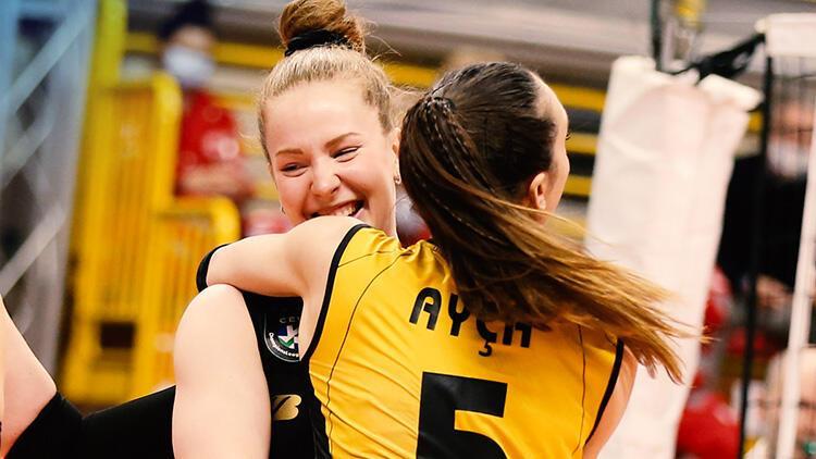 VakıfBank, CEV Şampiyonlar Ligi'nde finalde!