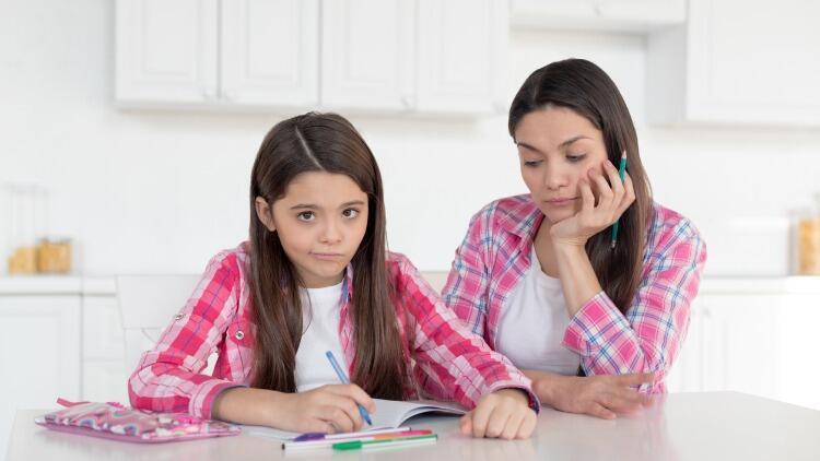 Dikkat dağınıklığı nedir? Çocuklarda dikkat dağınıklığı belirtileri