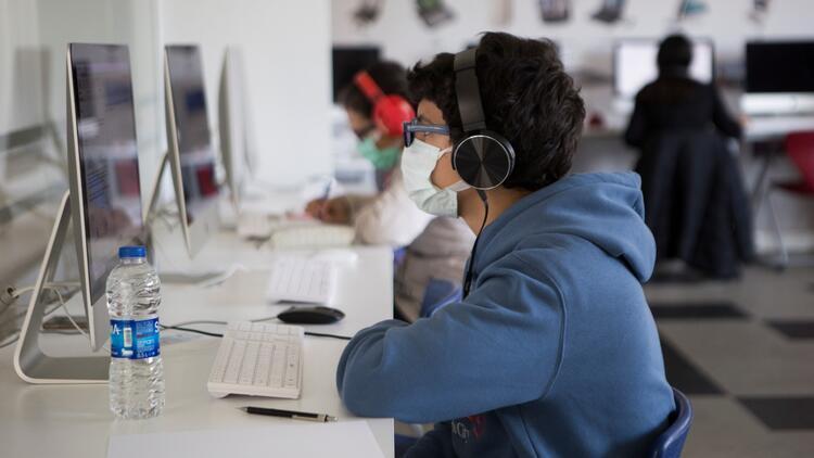 Fen ve teknoloji lisesi sınavına 9000 öğrenci girdi