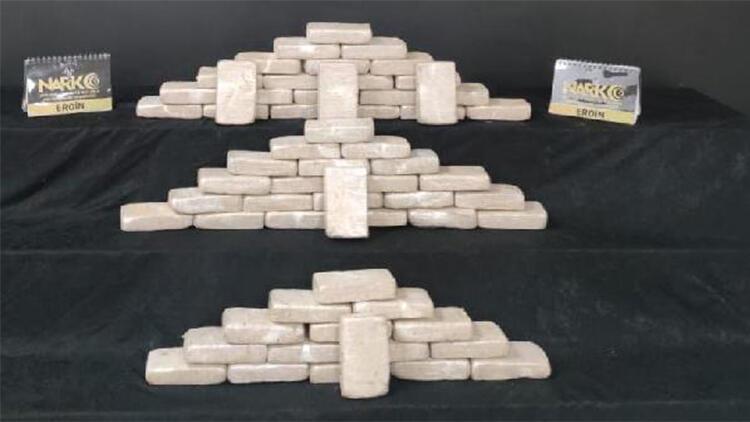 Şanlıurfa'da TIR'da 31 kilo 850 gram eroin ele geçti