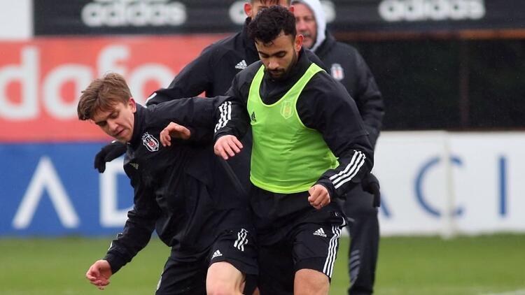 Beşiktaş'ta Rachid Ghezzal takımla birlikte çalıştı