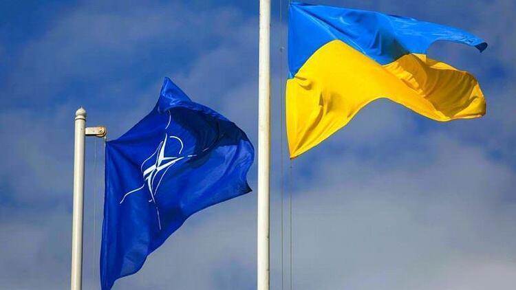 Beyaz Saray: Rusya ile gerginlik yaşayan Ukrayna'nın ittifaka katılma kararı NATO'ya kalmış