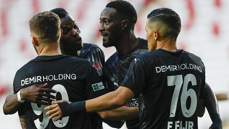 Antalyaspor 2 - 4 Sivasspor (Maç özeti ve golleri)