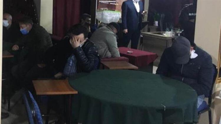 Kırklareli'nde 2 işletmede kumar oynayan 46 kişiye 144 bin 900 lira ceza verildi