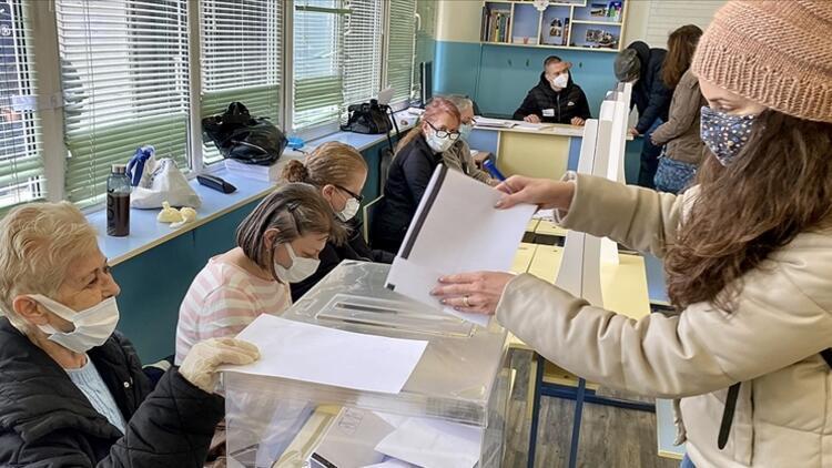 Bulgaristan'da nihai seçim sonuçları açıklandı