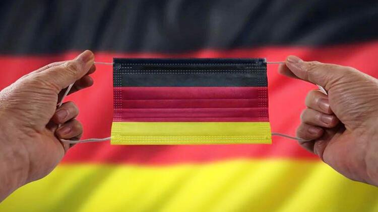 Almanya'da Kovid-19'dan ölenlerin sayısı 78 bini geçti
