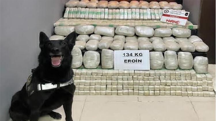 Yüksekova'da 31 kilo eroine 3 gözaltı