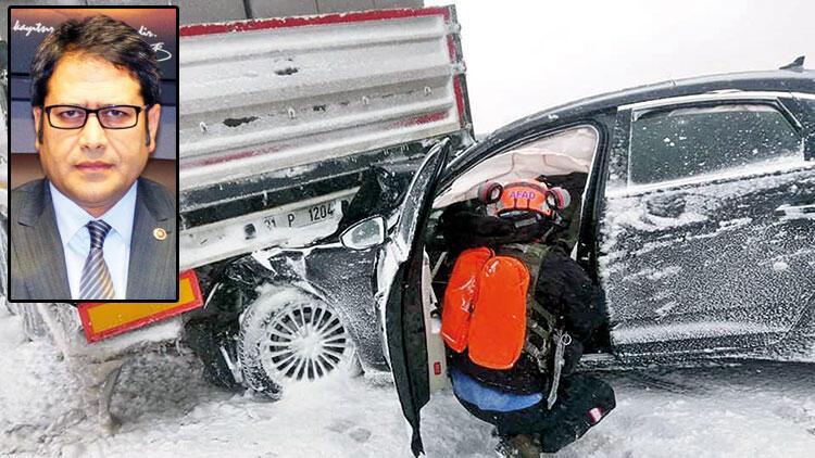 Kaza yapan vekil Twitter'dan yardım çağrısı yaptı