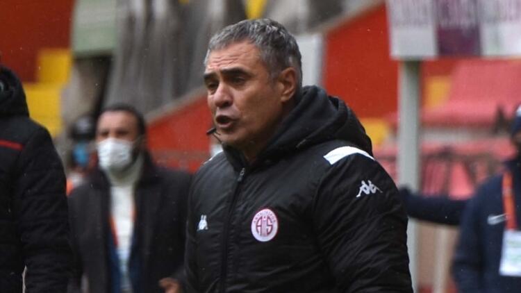 Antalyaspor, Süper Lig'de 25. sezonunda 1000 puan barajını aştı