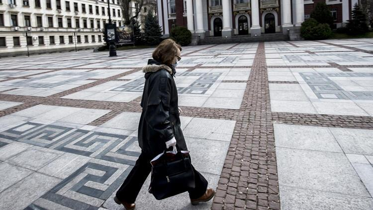 Bulgaristan'da Kovid-19 salgınına yönelik önlemler gevşetiliyor