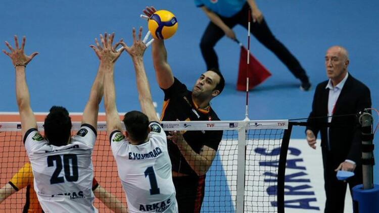 Efeler Ligi play-off 3'üncülük mücadelesinin ilk maçını Galatasaray HDI sigorta kazandı