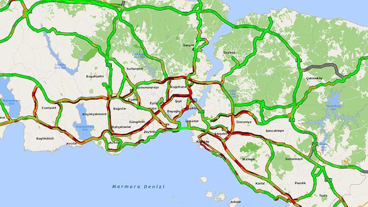 İstanbul'da trafik kilit...