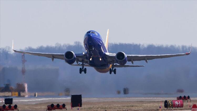 """SHGM'ye geçen yıl çevrim içi en fazla şikayet """"uçuş iptali""""nden geldi"""