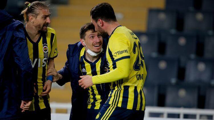 Fenerbahçe'de Sinan Gümüş'ten Süper Lig itirafı! 'Bir dakika hayal ederken...'