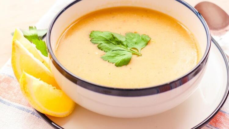 Süzme mercimek çorbası nasıl yapılır? Adım adım süzme mercimek çorbasının yapılışı ve tarifi