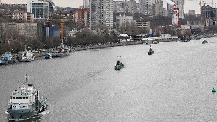 ABD gemileri gelmeden Rusya gemi arttırdı