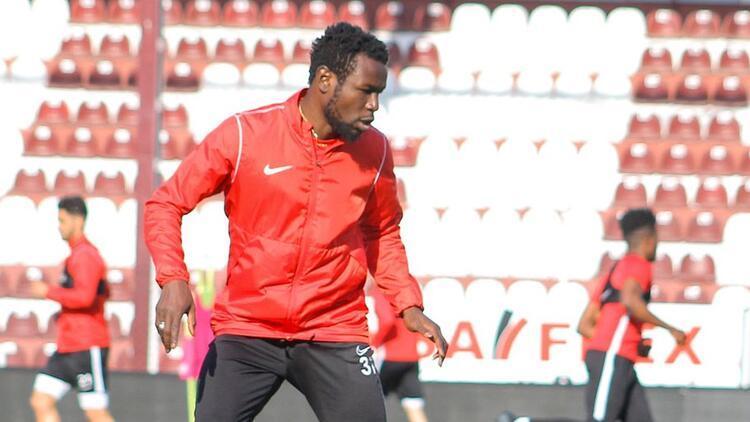 "Hataysporlu Mame Diouf: ""Forvetseniz, sizden beklenen tabii ki gol ve skordur..."""