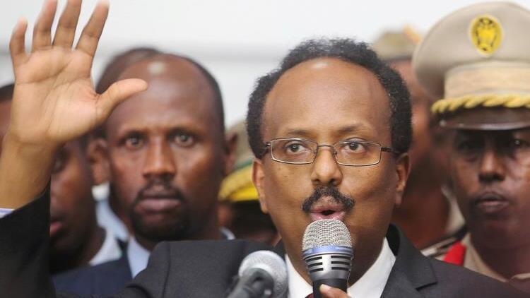 Somali Cumhurbaşkanı Fermacu, kendisinin ve hükümetin görev süresinin 2 yıl uzatılmasını onayladı