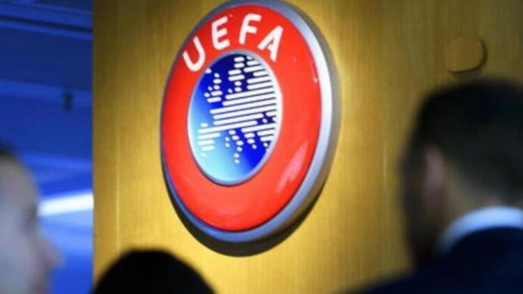 UEFA'dan ırkçılık için tarihi ceza! 10 maç...
