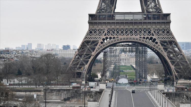 Fransa'da son 24 saatte 43 bin 505 Kovid-19 vakası görüldü