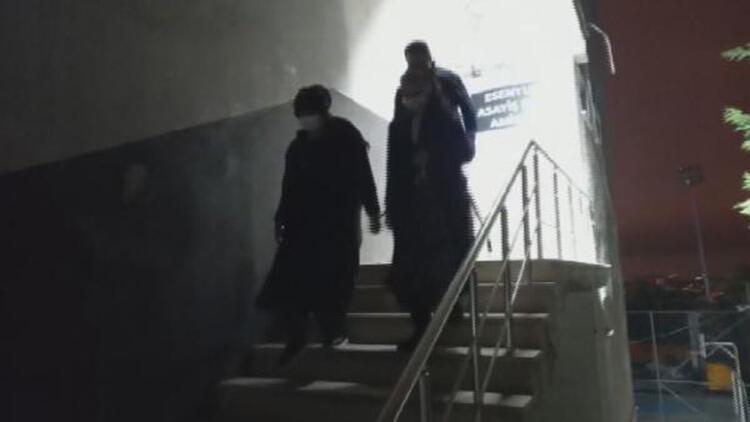 Hırsızlık yaparken yakalanan kadınların evlerinden yarım milyonluk altın çıktı