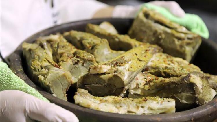 5 saat pişiyor iftar sofrasını süslüyor