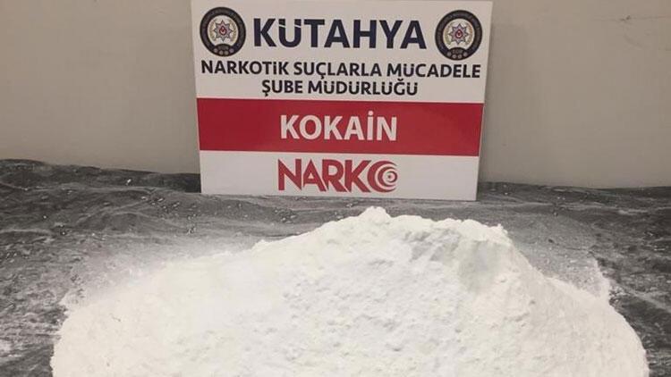 Üstünde 2,5 kilogram uyuşturucu ele geçirilen şüpheli gözaltına alındı