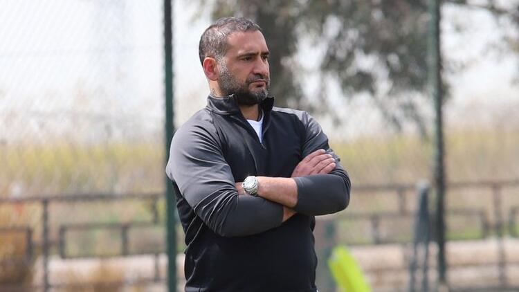 """Menemenspor Teknik Direktörü Ümit Karan: """"Hepimiz kenetlendik ve 3 puan yemini ettik..."""""""