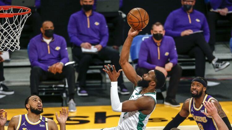NBA'de Gecenin Sonuçları: Celtics, Lakers'ı Jaylen Brown'la devirdi