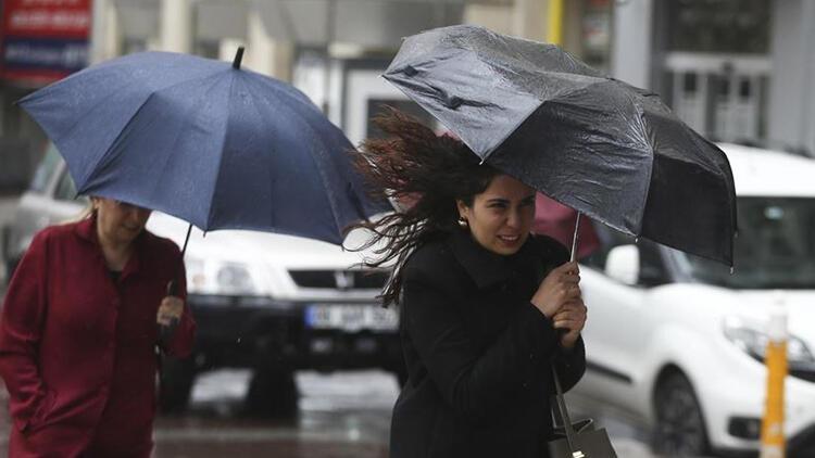 Türkiye'nin batı bölgelerinde yarından itibaren kuvvetli rüzgar ve fırtına bekleniyor