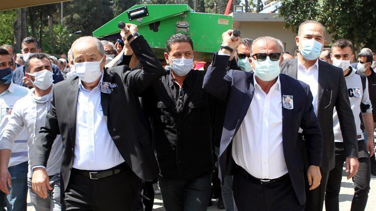 Fatih Terim, Adana Demirspor'un efsane ismi İlhan Demirdal'ın tabutunu omuzladı
