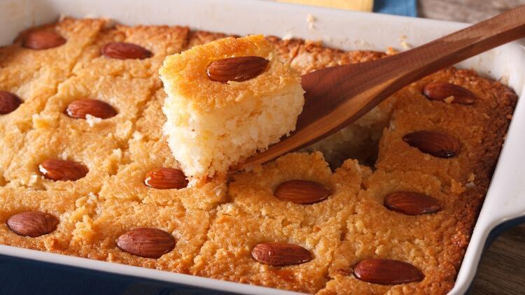 Şerbetli irmik tatlısı nasıl yapılır? Adım adım şerbetli irmik tatlısı yapımı