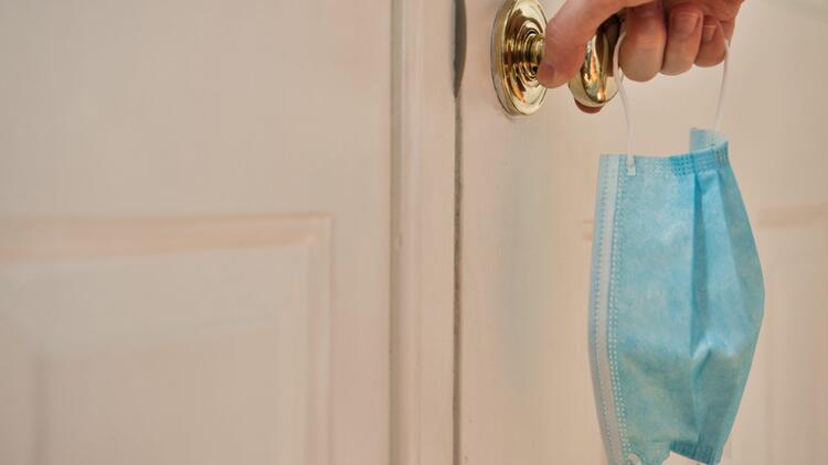 8 SORU 8 YANIT | Ev içi bulaş oranı neden artıyor?