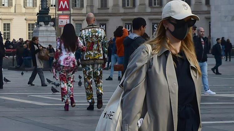 İtalya'da son 24 saatte 15 bin 370 koronavirüs vakası kaydedildi
