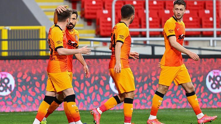 Galatasaray, bu sezon ilk kez yenik duruma düştüğü bir maçı kazandı