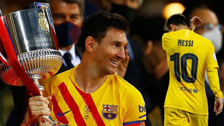 Lionel Messi'den bir rekor daha! Kariyerinde ilk kez...