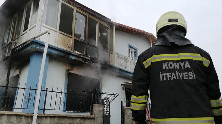 Konya'da evde yangın; 7 kişilik aile son anda kurtuldu