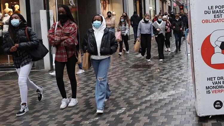 Belçika'da 'zorunlu olmayan' seyahatlere uygulanan yasak kalktı
